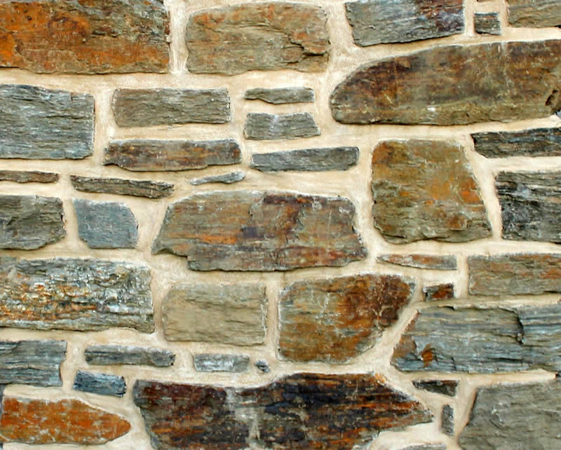 Alexandra Brown Schist Stone with Cream Mortar